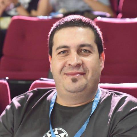 Oscar Abad - TrincheraWP